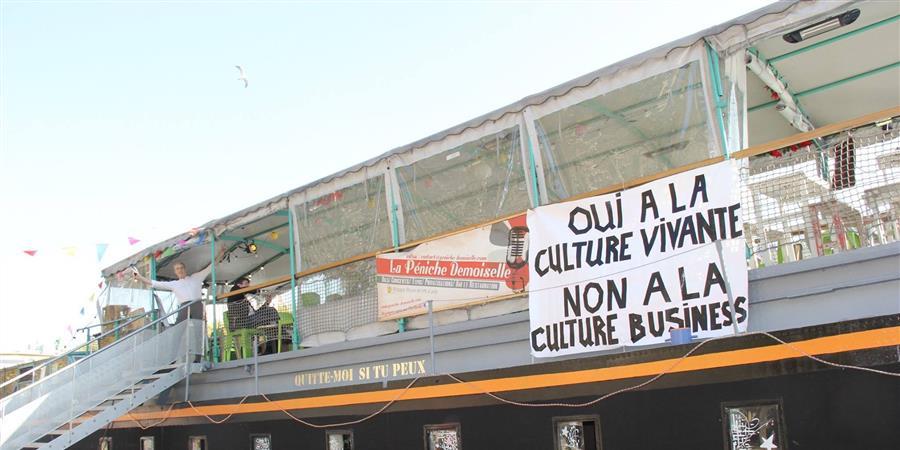 Action Solidaire péniche Demoiselle - Association Les Ailes d'Oraguon
