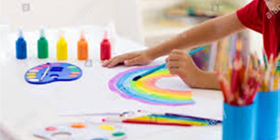 Art classe (5-8 ans) mercredi avec Natalia Taravkova - Matriochka-en-bigouden