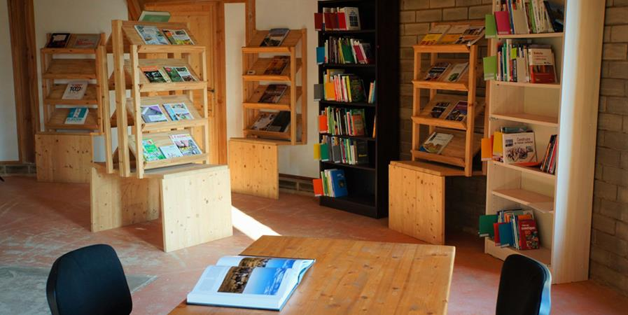 Abonnement au Centre de Ressources Documentaires - Association Chapeau! - Tiers Lieu Le Sonneur