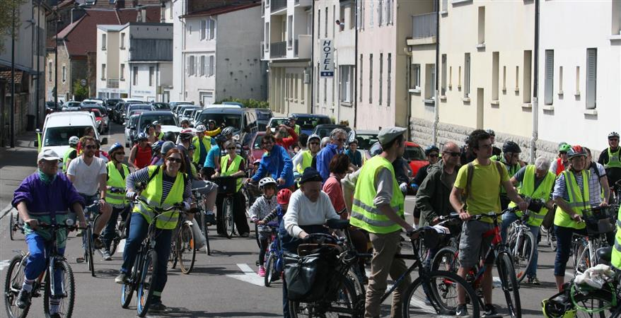 Ahésion et réadhéasion à l'association Véloquirit de Lons le Saunier - Véloquirit