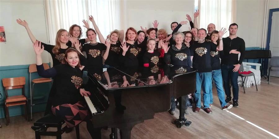 Chorale russe à Rennes C(h)oeur Slave - Irina Guihard  - Matriochka-en-bigouden