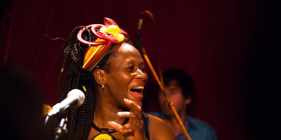 Cours de chant afro / Saison 19/20 - TAM TAM DE L'OUEST