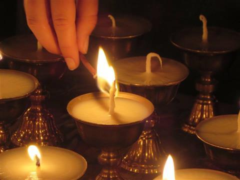 Soutien pour les moines et nonnes népalais  - CEBTL