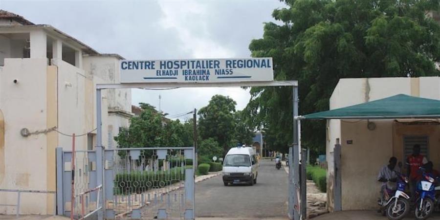 Un container pour l'Hôpital de Kaolack (Sénégal) - Terre2coeurs