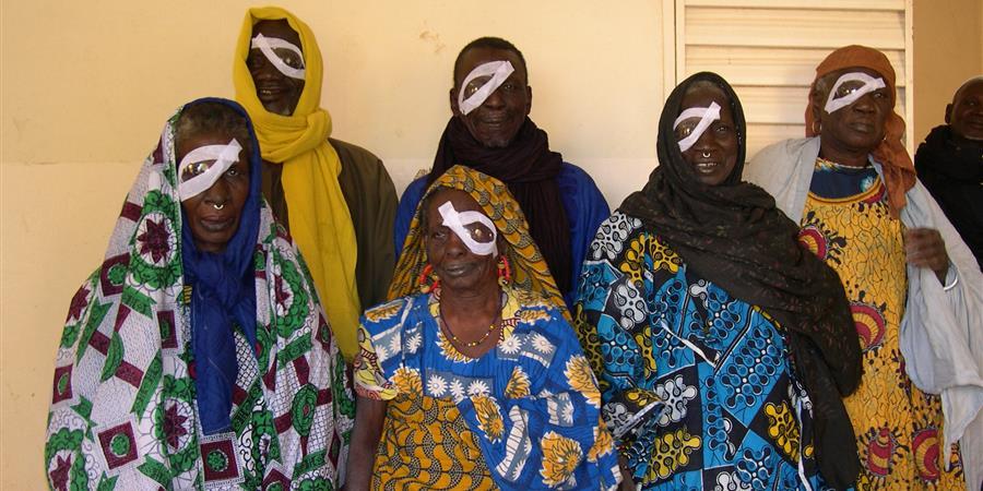 Ils sont aveugles, aidons-les à retrouver la vue - Santé Mali Rhône Alpes