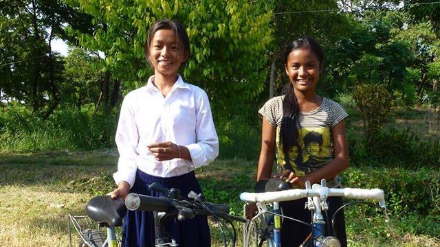 Parcourir la Vélodyssée pour financer l'envoi de vélos à des écoliers philippins - Cycles et solidarité