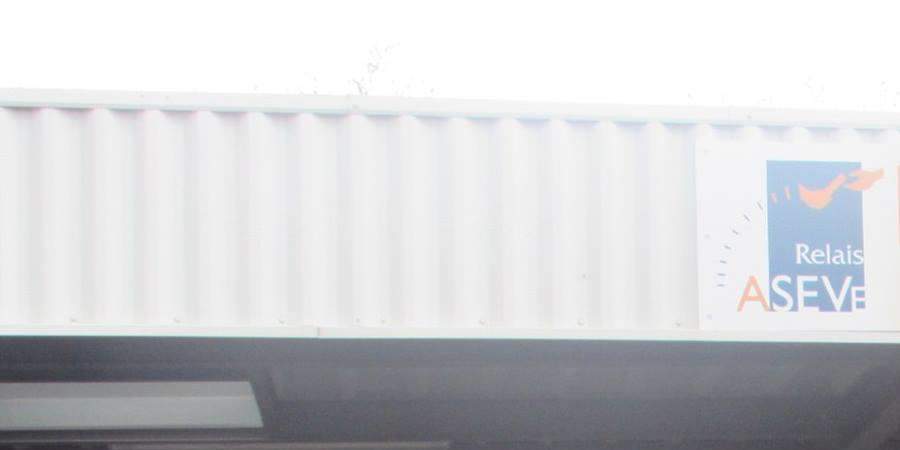 Soutenir la blanchisserie d'insertion Blanc & couleurs du relais ASEVe (IAE) - Relais Aseve