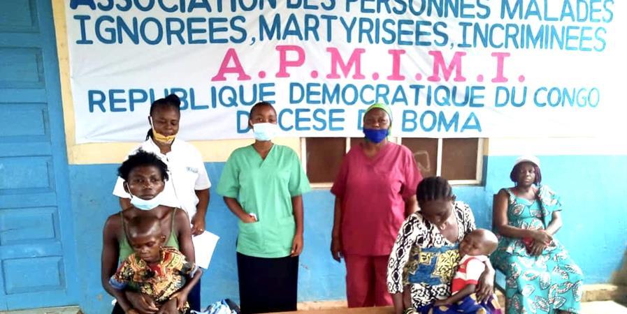 Expédition d'un container de matériel médical en République du Congo - ASSOCIATION PARADISANTÉ