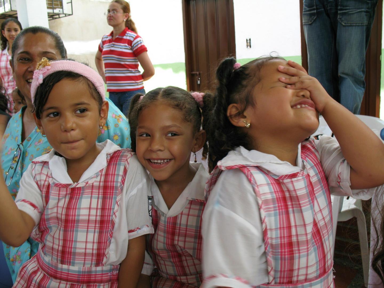 Devenez adhérent de l'association Latitude 0° pour les enfants de Colombie! - Association Latitude 0°