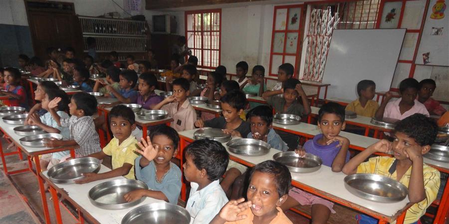 Aide alimentaire pour les enfants orphelins de Pondichérry - Ass. Les Orphelins de Pondichéry