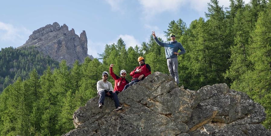 Partager l'alpinisme, du rêve au sommet pour tous ! - 82-4000 Solidaires