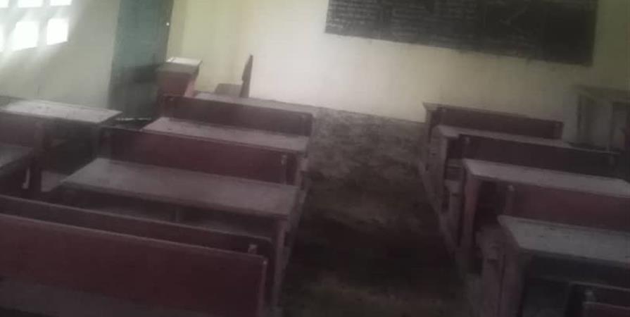 Offrir une bibliothèque informatisée aux enfants du Village Abenelang - AKAMAYONG