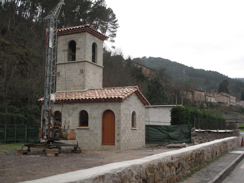 Financement de la construction d'une chapelle en lieu et place de l'ancienne église démolie pour cause de vétusté et de ruine avancée - Réhabilitation de l'espace de l'église de Rochessadoule