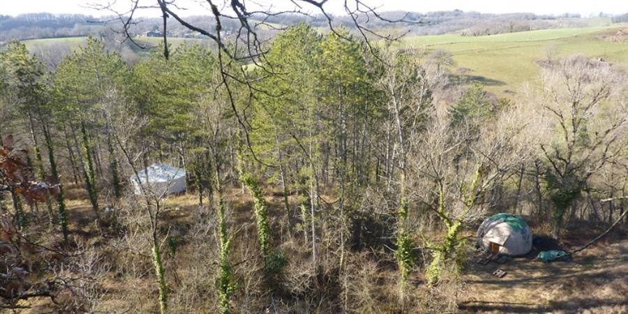 Des hébergements écologiques pour l'accueil et les activités à la Mélangeuse... - La Barrejaire