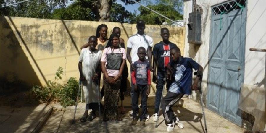 Aide aux  enfants handicapés du Sénégal par HANDISABLES  association abritée - Fondation des Lions de France