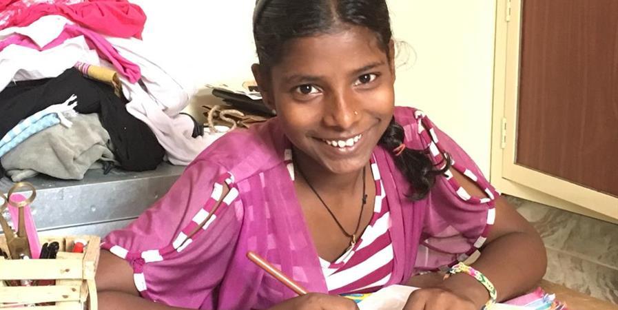 SOUTIEN SCOLAIRE - India's Happy Smile