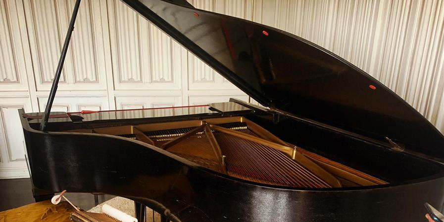 88 touches de piano pour 88 dons de 40€ - Les Amis de L'ile du Guesclin