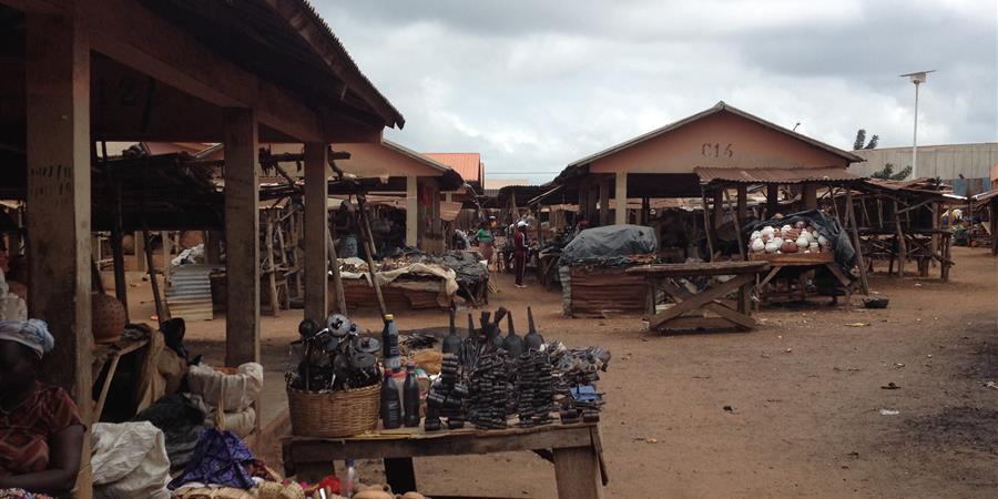 Création d'un marché couvert dans le village de Zounzonmè (Bénin) - Alodo