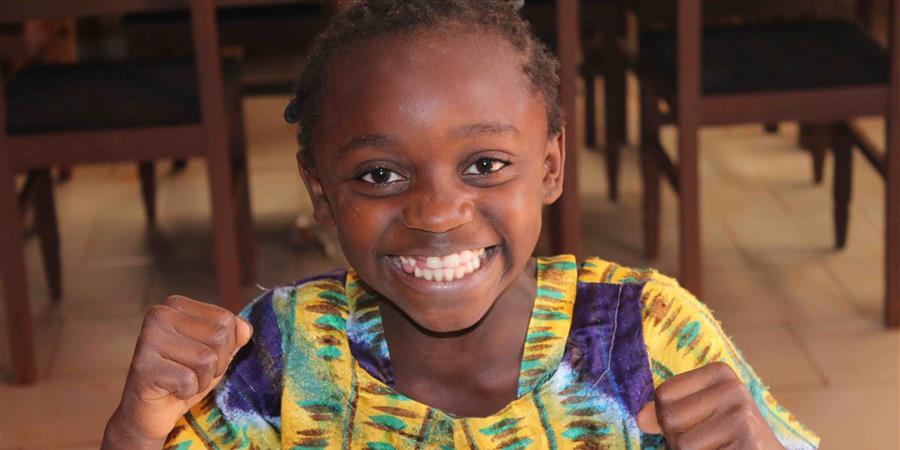 Rentrée scolaire pour les orphelins de Casa des Anges de Bayangam - Cameroun - Casa des Anges