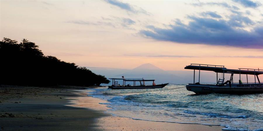 Acquisition d'un bateau motorisé pour la baie de Matarape en Indonésie - HUMY