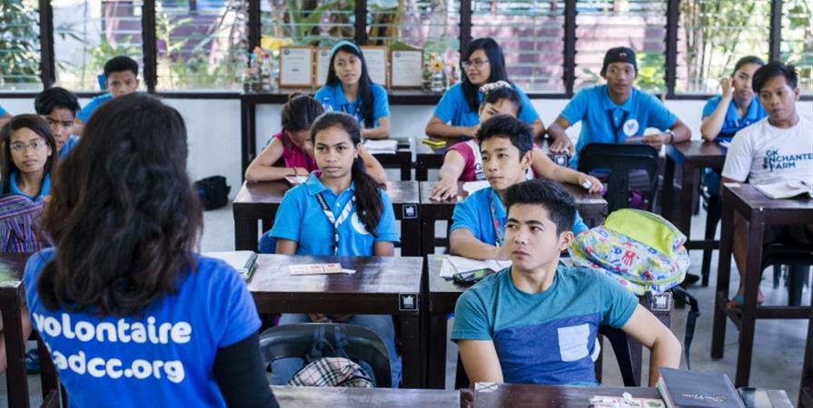 Iris, coach de programme aux Philippines - Délégation Catholique pour la Coopération