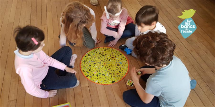 SOUTENEZ l'inclusion scolaire des enfants et jeunes avec autisme - SUR LES BANCS DE L'ECOLE