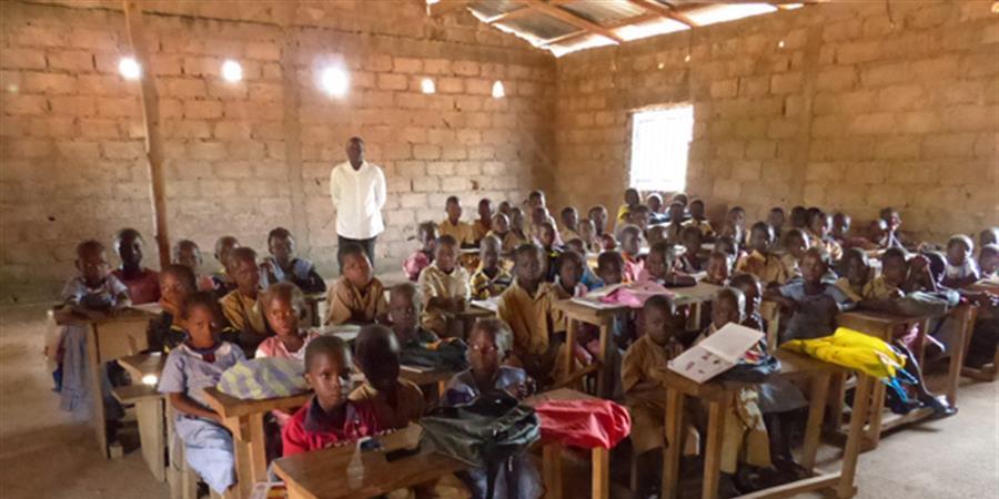 Aidez à terminer la reconstruction de l'école de Gomba Seydouya - RESF VOIRON