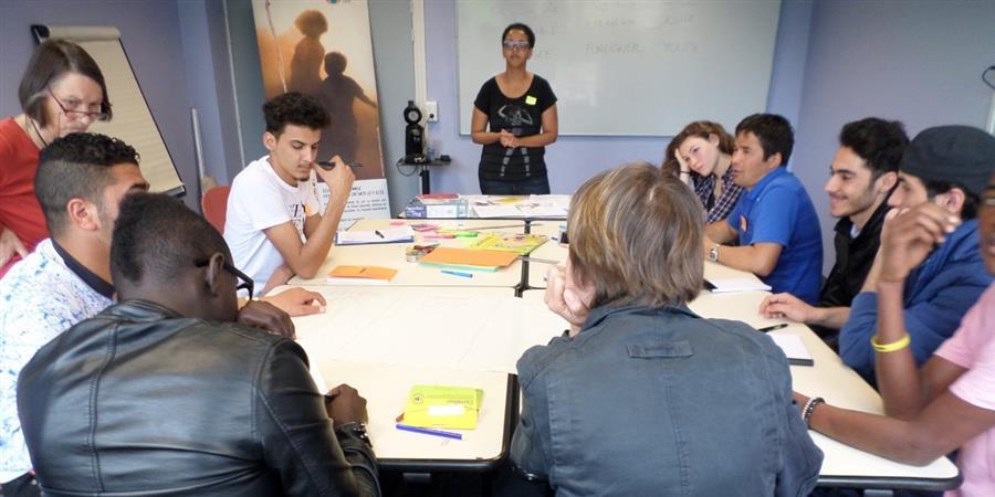 Documentaire sur les jeunes réfugiés en Normandie - Terre des Hommes Basse-Normandie