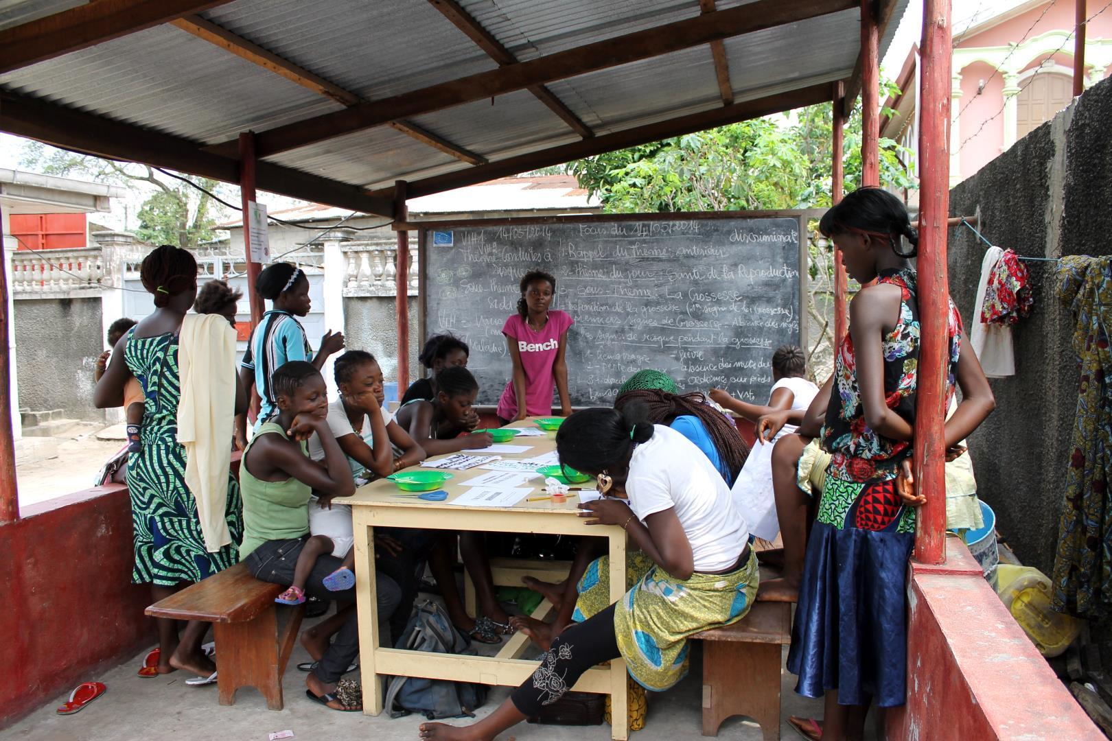Maison d'accueil des jeunes filles des rues - Actions de Solidarité Internationale