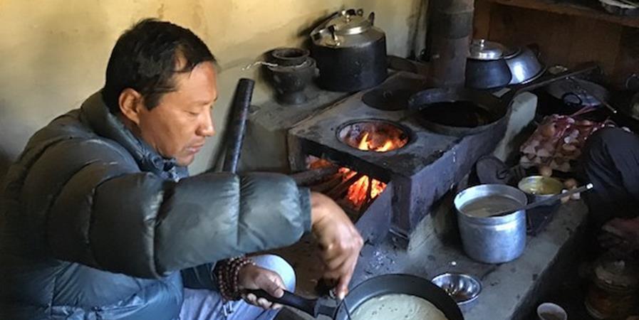 Des poêles à bois pour les villages du Népal - Hamro Ghar