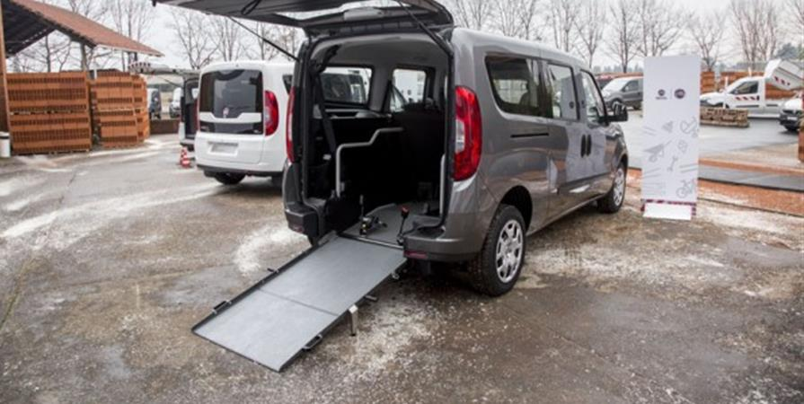 Vehicule adapté pour Fabien - Chemin de Lien et d'Espoir avec Fabien