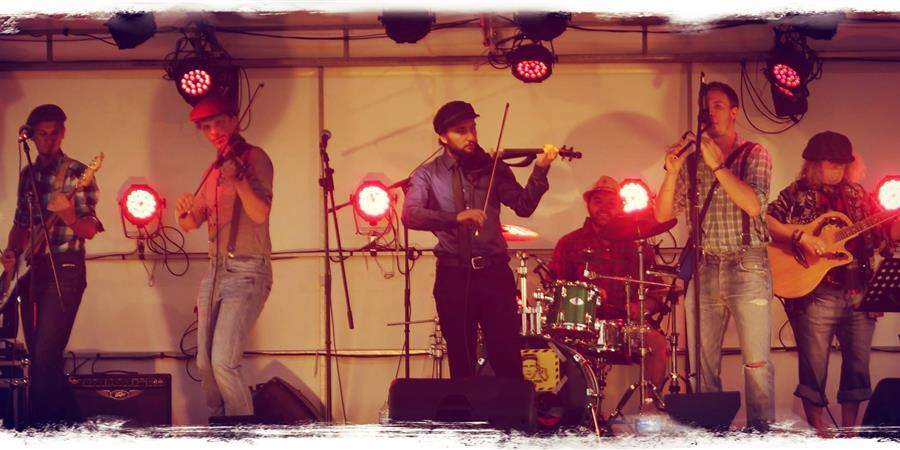 Grand Bal Folk Rock Irlandais avec les Frogits - Les Sens et L'Essence du Lieu
