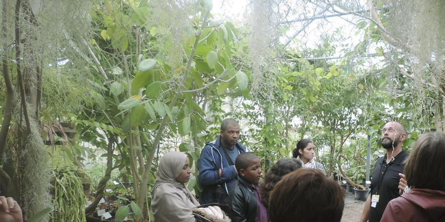Visite guidée de la serre tropicale - 5 octobre 2018 - Association Ecosite du Bourgailh