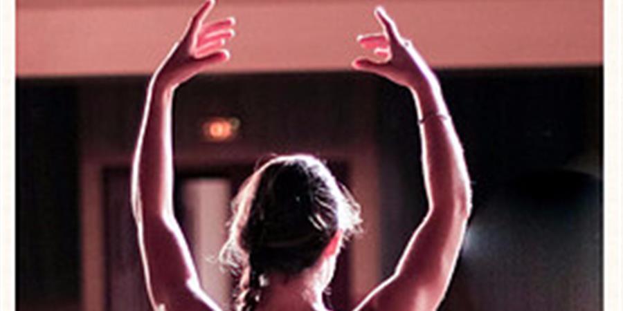 Yoga Danse Ados - La Chouette Pirouette Dorée