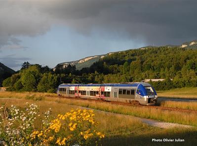 Manif train Oyonnax Saint-Claude - véloyo-écomobilité