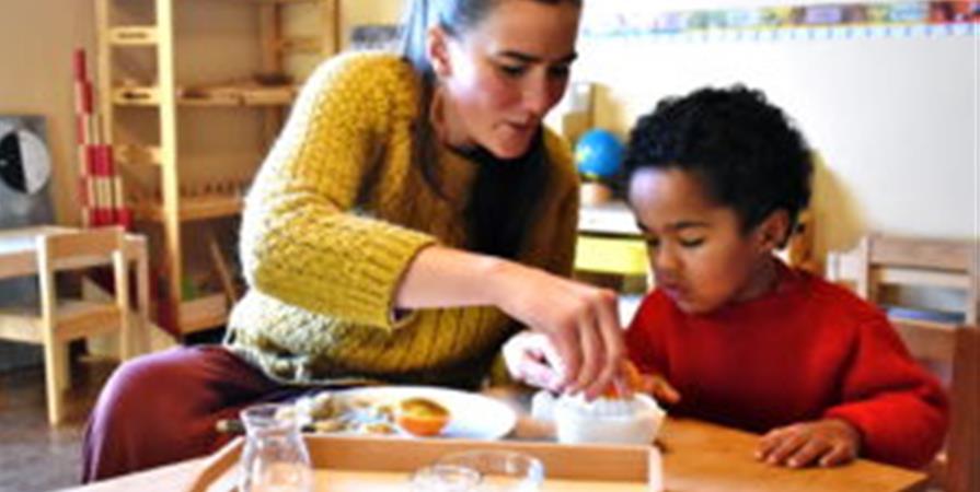 Cycle d'ateliers Montessori 2-7 ans - Upaya-l'école par Nature