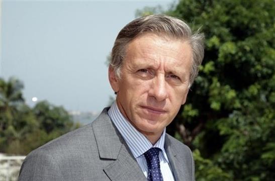 Conférence L'aide humanitaire en question par Jean Christophe Rufin-Le 24 juin, - FONDS DECITRE