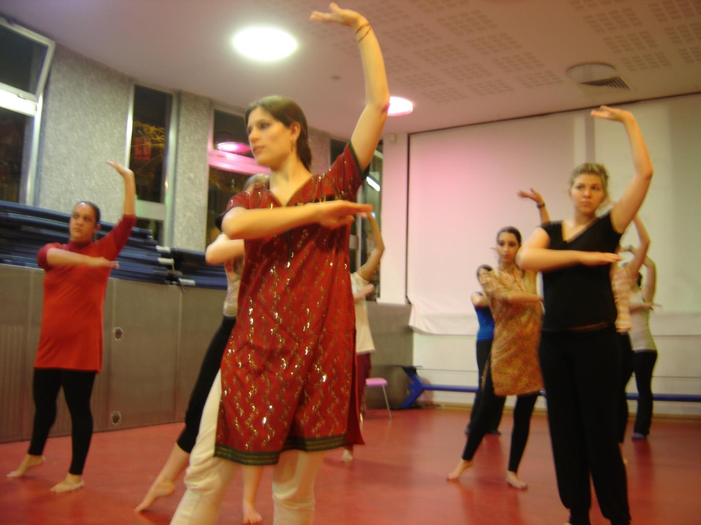 Danse indienne: bollywood et bolly-kathak - Association Jugalbandi