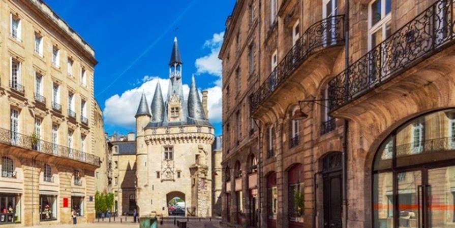 Balade urbaine historique, mythique, et architecturale de Bordeaux - 2ème Partie - Collectif BTP