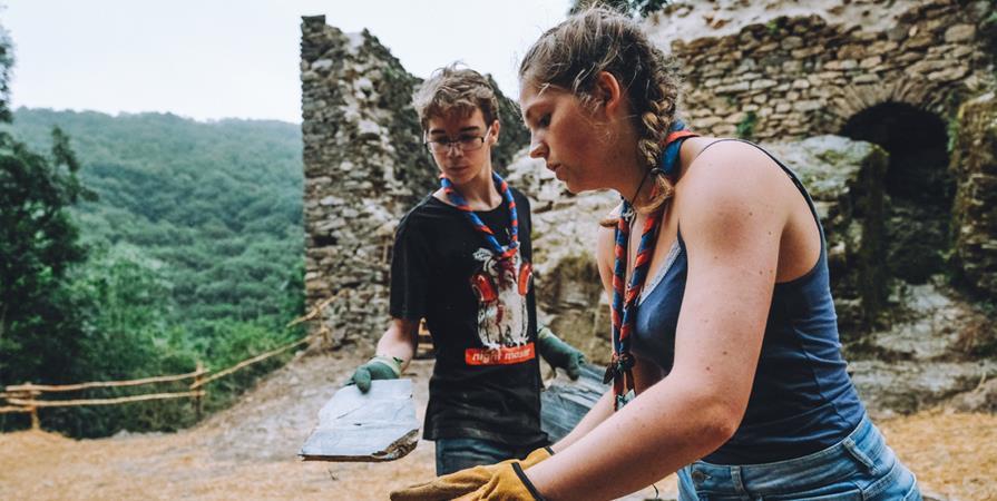"""Work Camp """"Découverte des techniques traditionnelles"""" - Castelroc en Arifadès"""