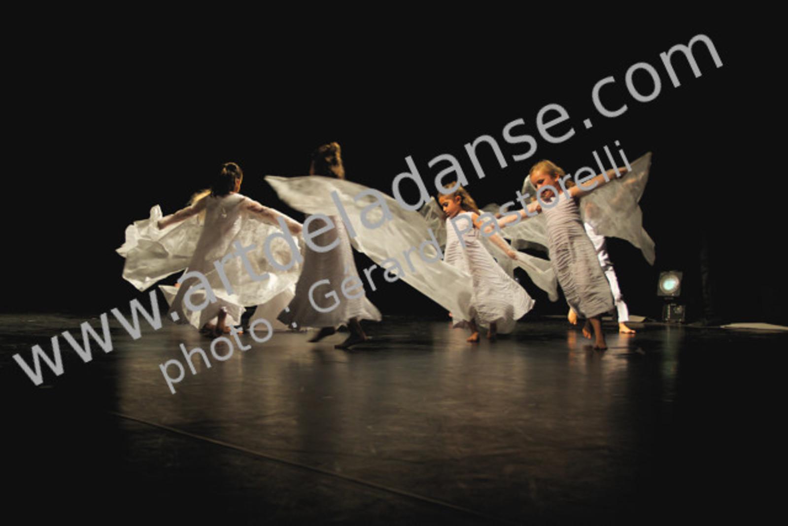 Éveil à la danse 1&2 - Art de la danse, Gym et Loisirs