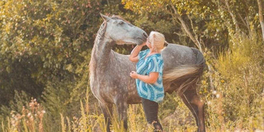 Chuchotez à l'oeille des chevaux et vivez une expérience unique d'équicoaching - Alumni DU COACHING UCO