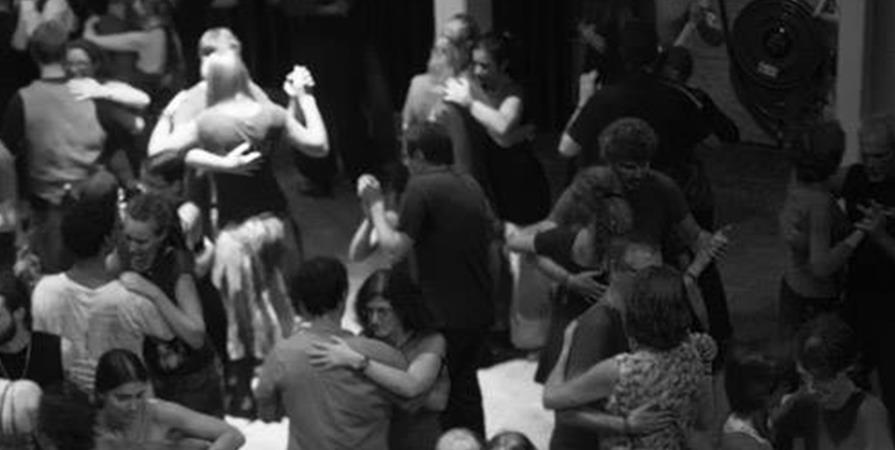 Cours de découverte danses folk - 23-09 - Saunei Dança