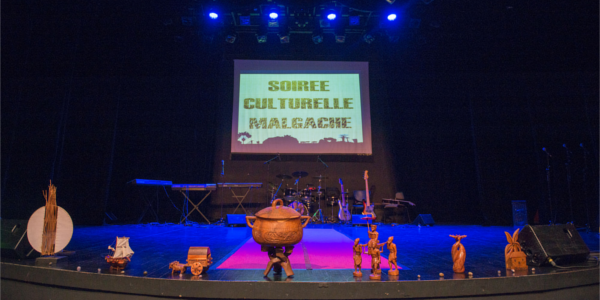 Soirée Culturelle Malgache - Association des Etudiants Malgaches de La Réunion
