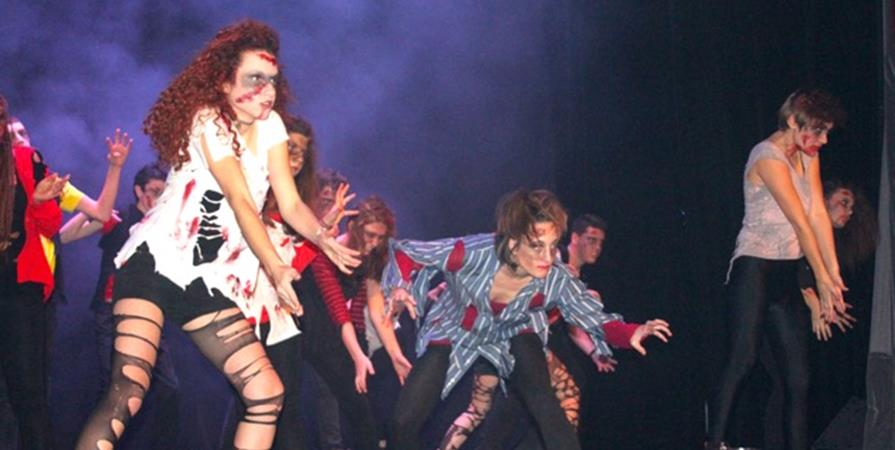 STAGE HALLOWEEN : THRILLER (CHANT/DANSE) - DO YOU DANCE