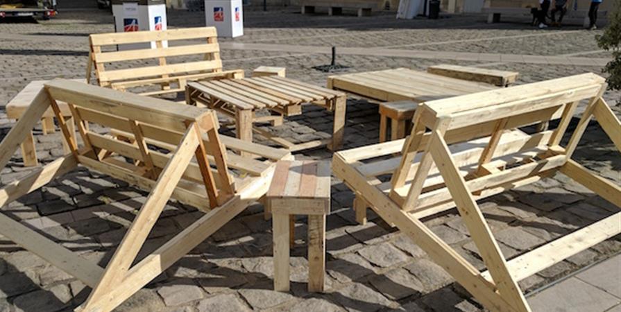 Atelier de construction de meubles en palettes - L'Etabli
