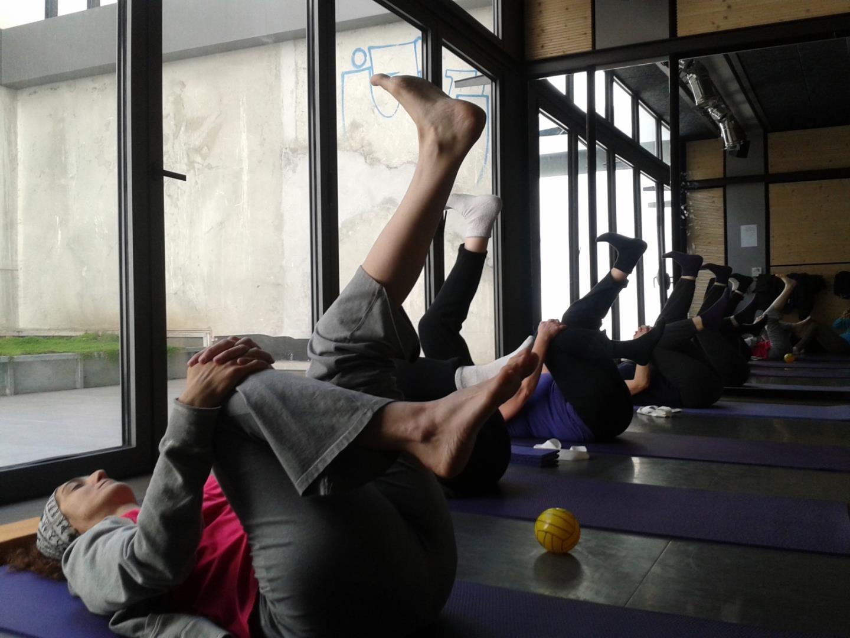 Gym Douce - l'R en Jeu association pour la Gym Holistique et le mouvement dansé
