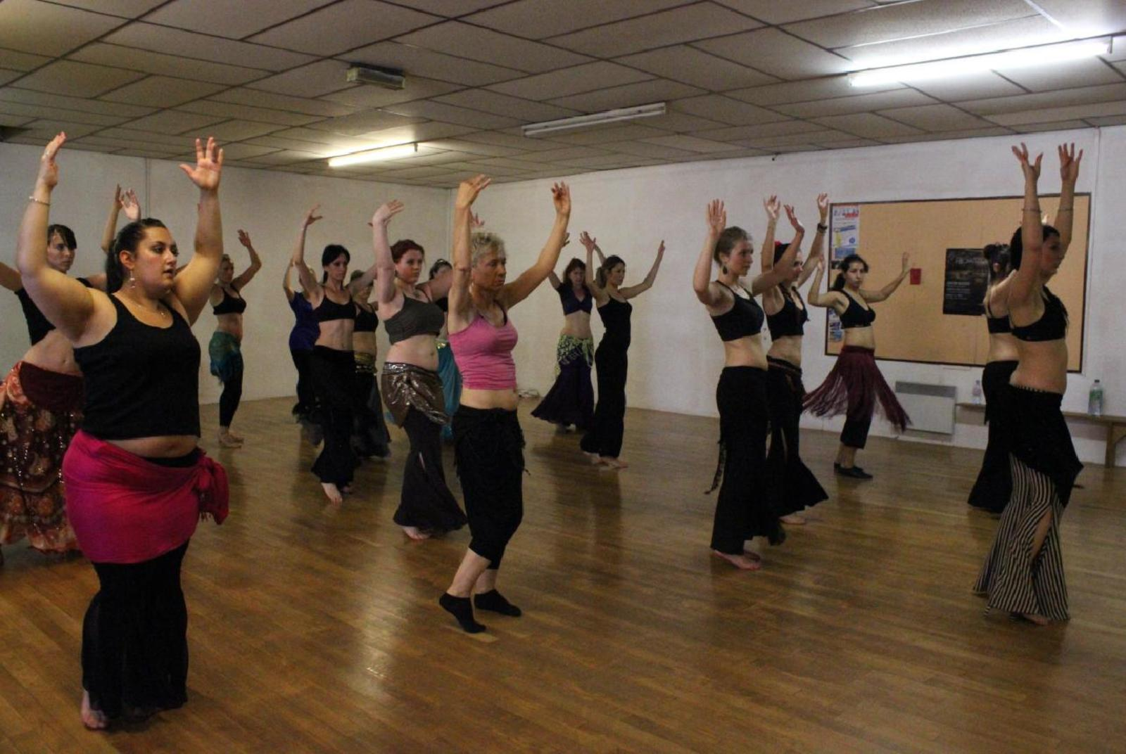 Cours tribal fusion avec Mell  - Mell - Tribal Fusion Bellydance