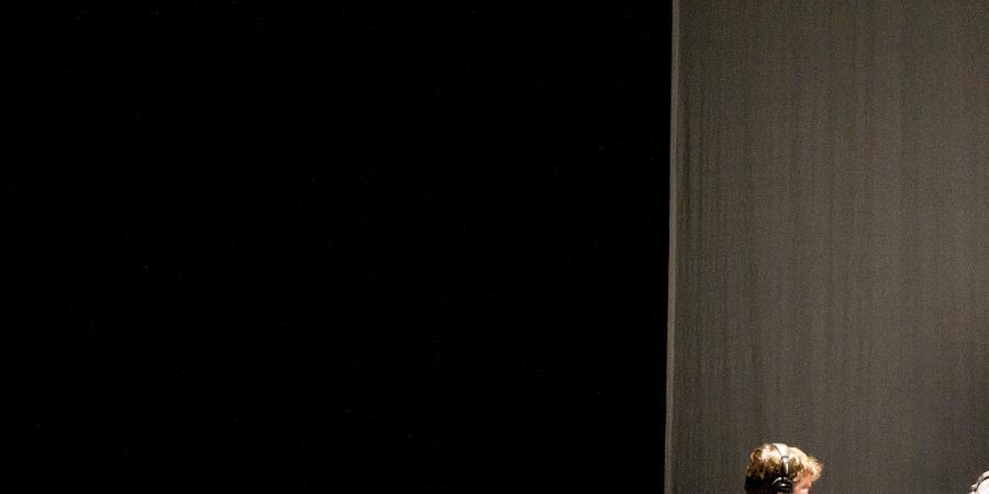 Spectacles L'A-Démocratie de Nicolas Lambert - AMIS DE LA TERRE MIDI-PYRENEES