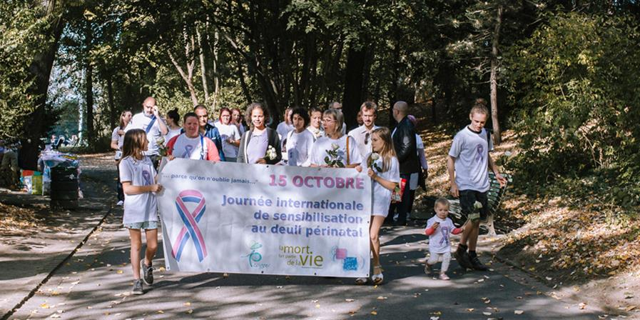 Marche Bruxelloise - PIEDS PAR TERRE COEUR EN L'AIR